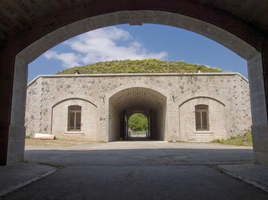 la façade intérieure